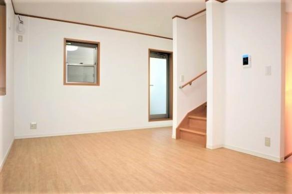 家具の配置がしやすいリビングです。