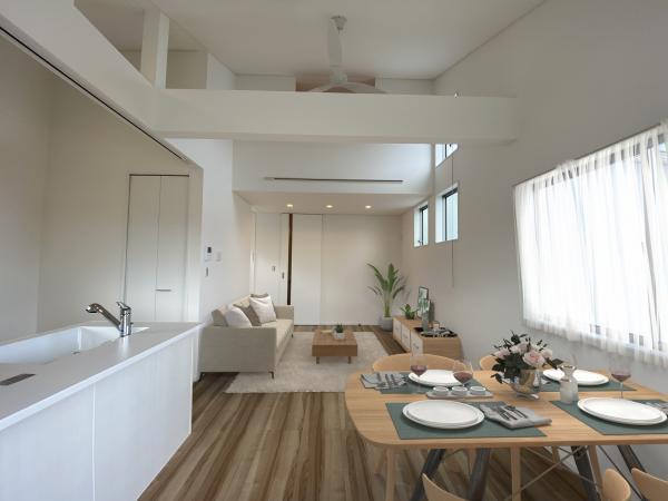 1号棟リビング(配置してある家具はCGによるイメージです。)家族が集まるリビングは明るさが取れる設計に。ライフスタイルの変化にも対応しやすい間取り設計にしました。
